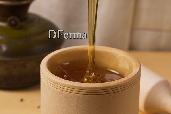Мед с прополисом Сочетание мёда с прополисом позволяет одновременно получить двойную пользу. Прополис — это смолистое ..