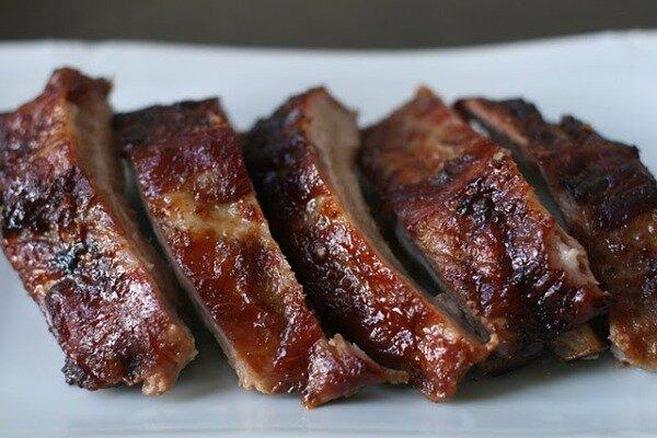 """Свиные ребра """"барбекю"""" - это настоящий подарок любителям мясных деликатесов. После жарения свиные ребра не просто сочн.."""