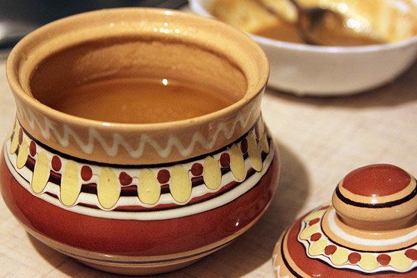 """Соус """"Винегрет"""" Популярная заправка для салата на основе уксуса, оливкового масла и горчицы. Вопреки распространенному.."""