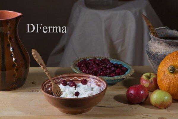 Домашний творог в сочетании с аппетитной вишней - вкуснейшее лакомство для детей и взрослых!  Смесь натуральных продук..
