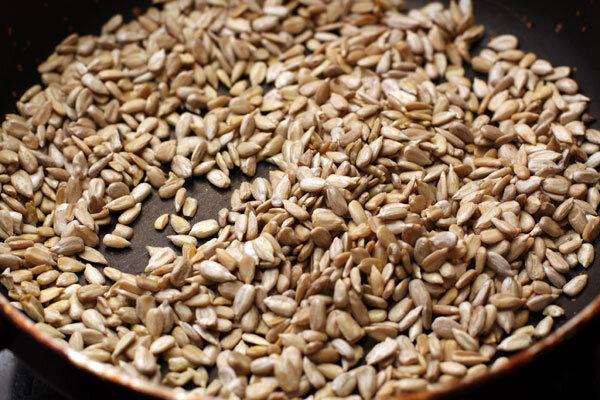 Кедровый орех очищенный Семечки подсолнечника богаты белками, жирами, витаминами D, С, Е, витаминами группы В и аминок..